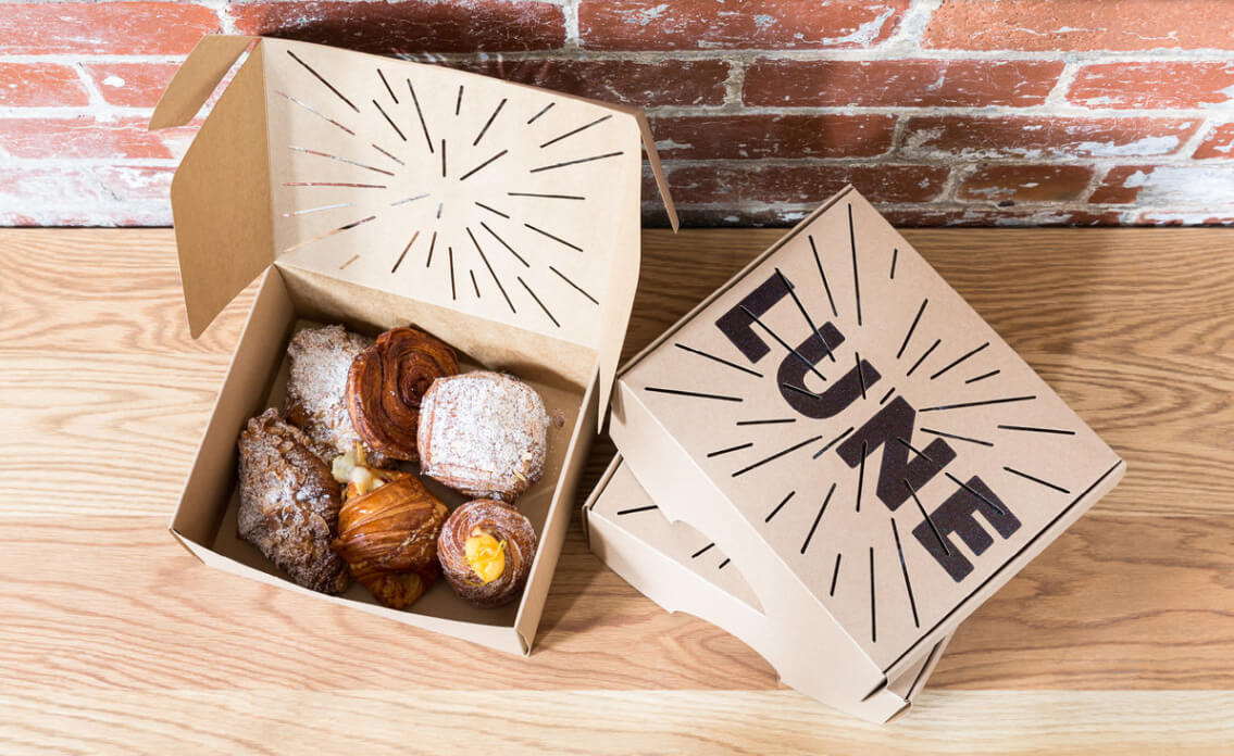 Lune's carefully crafted pastries are synonymous with quality and uncompromising attention-to-detail. Their packaging solution needed to match such golden perfection.